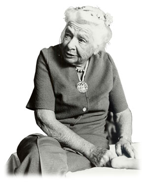 Dr. Ida Rolf (1896 – 1979) is one of the first scientists to study the characteristics of the human connective tissue and developed the Rolfing technique, which has become the basis for Manual Trigger Point Therapy.